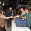 Nazilli Belediyesi tarafından kandil şekeri ve lokum dağıtıldı