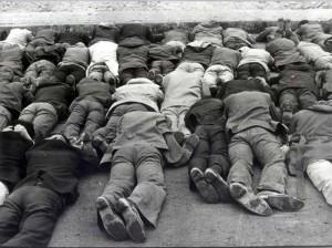 12-eylul-tutuklu-insanlar